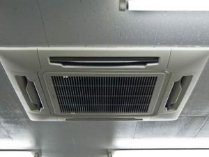 空調工事の作業イメージ